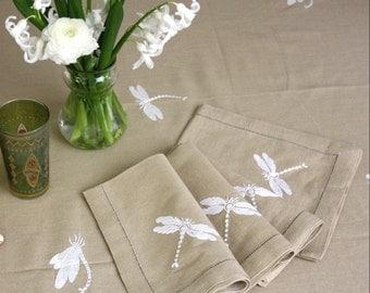 Oatmeal cotton dragonfly napkin