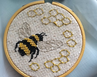 Little Bee Cross Stitch