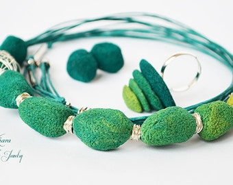 "Jewelry set ""Mohito"", Necklace, ring and earrings, Jewelry set, Polymer clay, Green jewelry set with 7 iridescent"