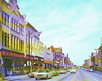 Vintage Photo Post Card of Downtown Racine, Racine, Wisconsin,  Unused Postcard