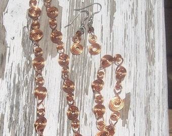 Kypress swirls necklace