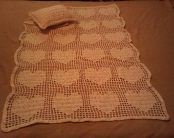 baby blanket with hearts