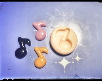 Stencil musical note