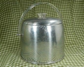 Vintage Kromex Ice bucket, Retro Ice Bucket, Enduringly Beautiful Aluminum, Vintage Barware, Retro Kitchenware Vintage Ice Bucket, Man Cave