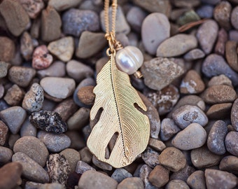 Gold Leaf Necklace, Long Gold Chain Necklace, Gold Leaf Pendant, Pearl Pendant, Layering Necklace, Gold Layering Necklace, Leaf Necklace