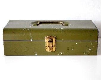 Vintage Bernz-O-Matic Metal Tool Box