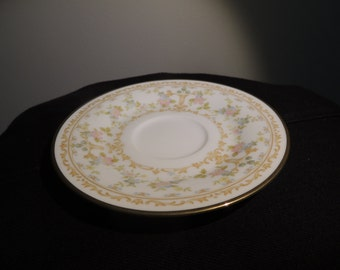 4 Noritake Saucers with Flower Embellishments and Gold Trimming Set