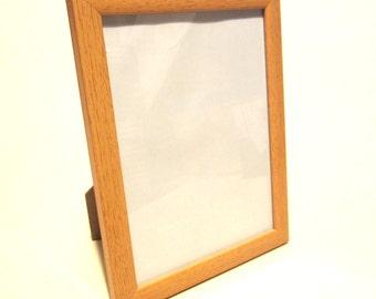 "Pine Wood effect 6""x8"" Photo Frame, Free Standing, Wall Hanging Bracket, Glass"