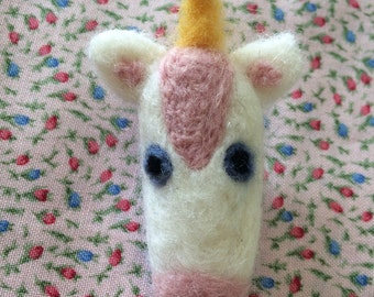 Little unicorn needlefelt brooch