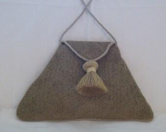 Triangular envelope bag