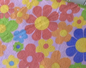 Marcus-Brothers-Fabric-By-The-Yard-Flower-Power-Softly-Prints-Cotton-Flannel-Quilting-Fat-Quarters-Sewing-DIY-Projects-Crafts-Supplies