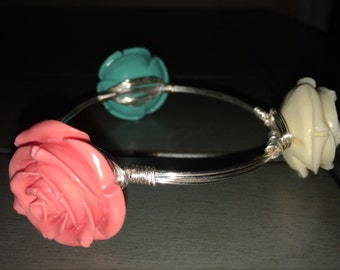 Tri-color rose wrapped wire bangle