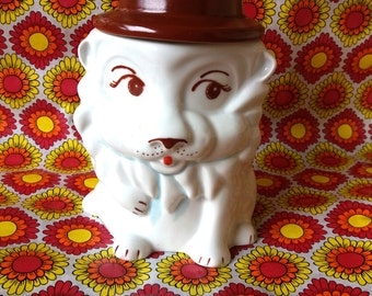 Vintage jar, Lion jar, Lions, Vintage Jars, Cookie Jar, Containers, Kitchen Storage, Retro, 1970's, 70's, Porcelain Jar, Vintage look,