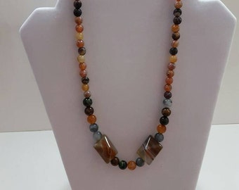 Desert stones necklace. Earth tones necklace.