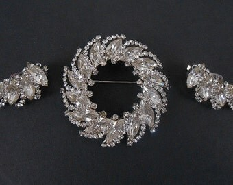 Vintage Signed Weiss Stunning Rhinestone Brooch and Earrings Set