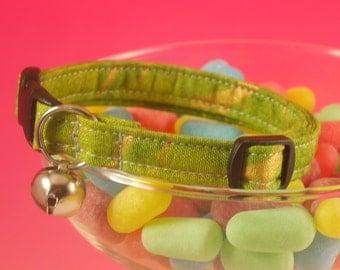 green and gold breakaway cat collar, green safety cat collar, breakaway collar, cat collar with bell, handmade cat collar, pet collar