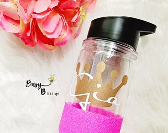 Princess Crown Personalized Glitter Dipped Kids Cup//Personalized Kids Cup//Princess Water Bottle//Gifts for Girls//Gifts for Kids