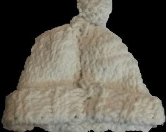 Handmade Pom Pom Winter Hat Beanie with Crochet Pattern
