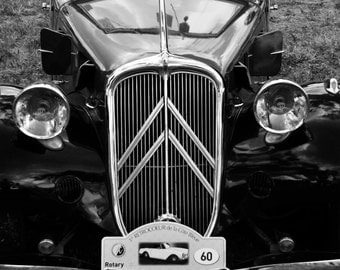 Want to travel... Citroen Traction...