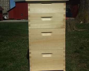 2 deep 2 medium w/ Frames bee hive Assembled
