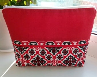 Red Cotton Purse / Red Handmade Bag / Zipper pouch with Ukrainian Motif / Red Pouch