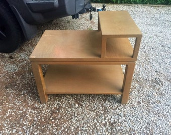 Mid century step up end table by Sligh-Lowry