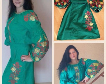 Green linen long dress with an embroidery