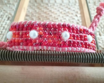 Red bracelet with freshwater pearls