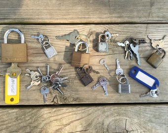 Lot of Vintage Locks and Keys