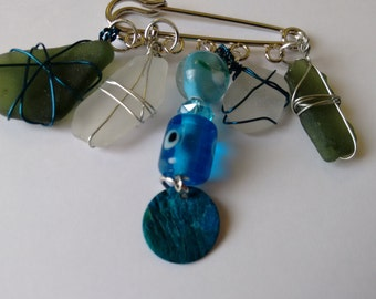 Sea Glass Kilt Pin Brooch