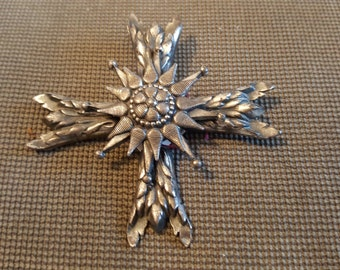 Silver tone Cross brooch by accessocraft