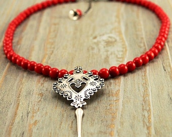 Necklace Traditional beads with PARZENICA.FOLK. Travel. Red. Silver jewelry. CORAL
