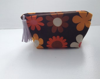 Retro make up purse