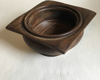 Square top wooden bowl