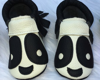 Panda Moccasin - 5 1/2 inches long