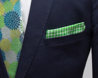 Mens Pocket Square, Green and White Houndstooth Pattern, wedding accessory, mens handkerchief, Suit Accessory, Houndstooth Design