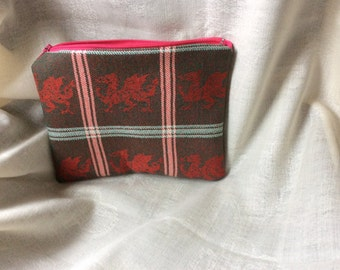 Welsh Dragon Red purse