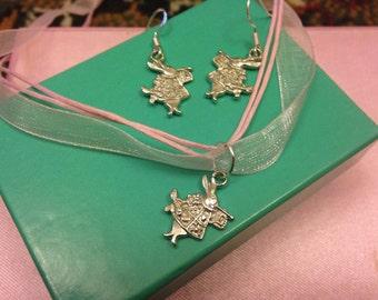 Alice in wonderland white rabbit jewellery set