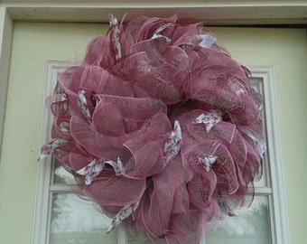 Deco Mesh Wreath Pink and Burgundy