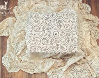 vintage tablecloth, vintage lace tablecloth, vintage lace, lace tablecloth, vintage linens, antique linens, ivory tablecloth, vintage linen