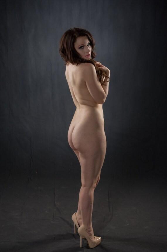 Nude Figure Modeling 33