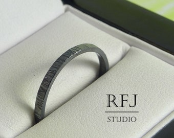 2 mm Black Silver Thin Band, Tiny Texture Band, Hand Textured Ring, Stackable Blackened Band, 925 Silver Hand Hammered Ring, Black Band