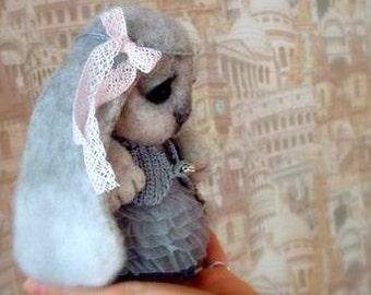 Needle felted Bunny. Seryy krolik. Sadness Bunny. Сute bunny. Gray rabbit. Miniature Handmade. Sadness. Bunny as a gift. Animals Bunny .