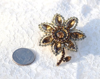 Vintage WEISS Flower Brooch // Amber Flower Pin // Signed Weiss Brooch // FREE US Shipping