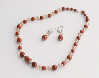 Aventurine set of earrings and necklace