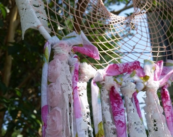 Shabby Southern Chic Dreamcatcher Pink