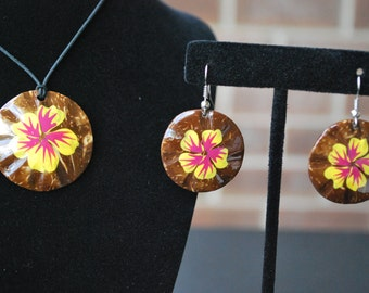Round Necklace, Earrings, set, hibiscus design