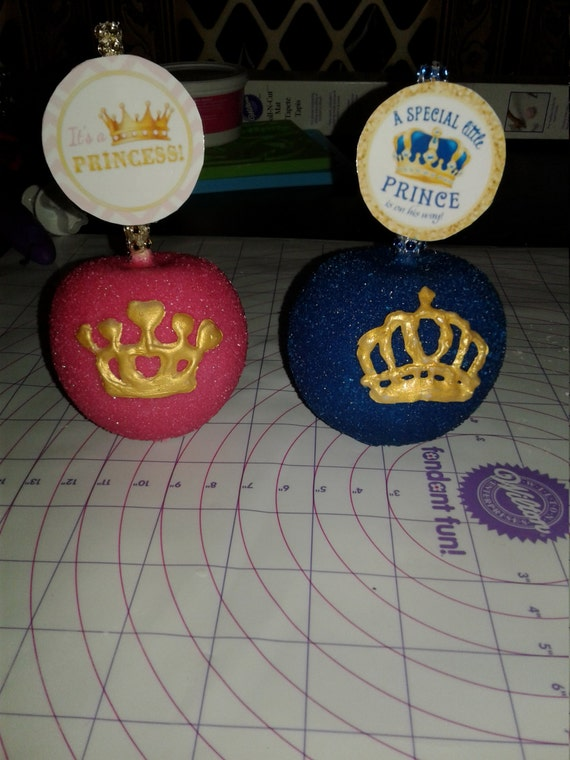 royal theme baby shower candy apples
