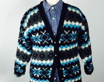 Vintage 90's bright graphic fairisle/winter themed shetland wool cardigan