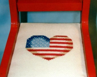 Heart of America doll accessory chair. OOAK.